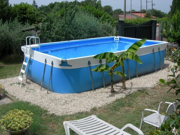 piscina cu cadru metalic