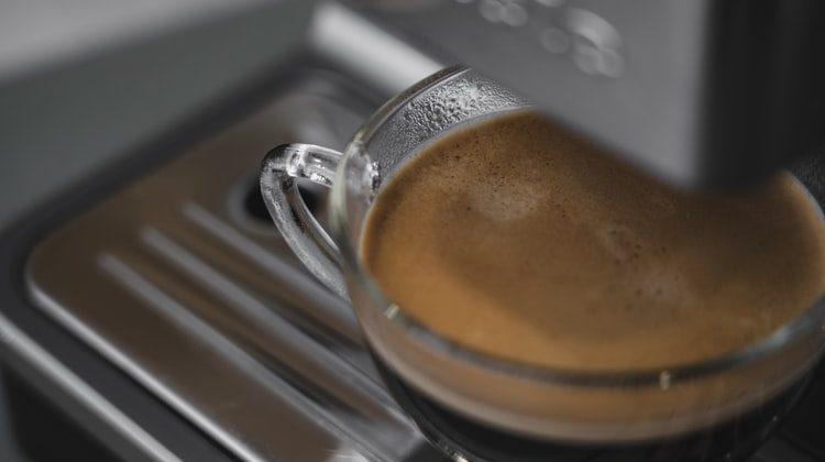 Ghid: Cum aleg cel mai bun espressor de cafea cu capsule?