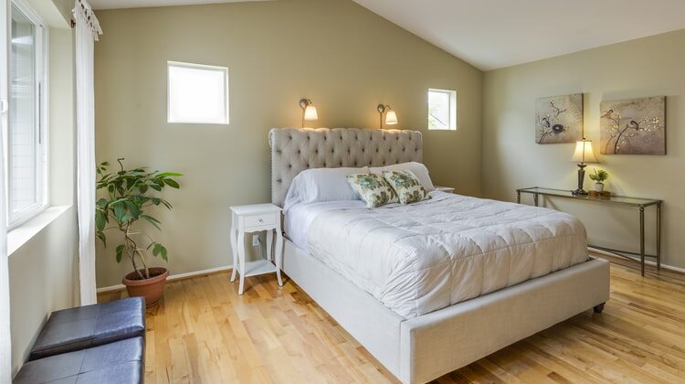 Cum aleg cel mai frumos pat tapitat cu stofa pentru dormitor?