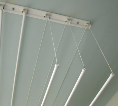 Foloseste un uscator rufe de tavan extrem de util si practic.