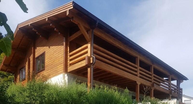 casa din lemn, avantaje si dezavantaje